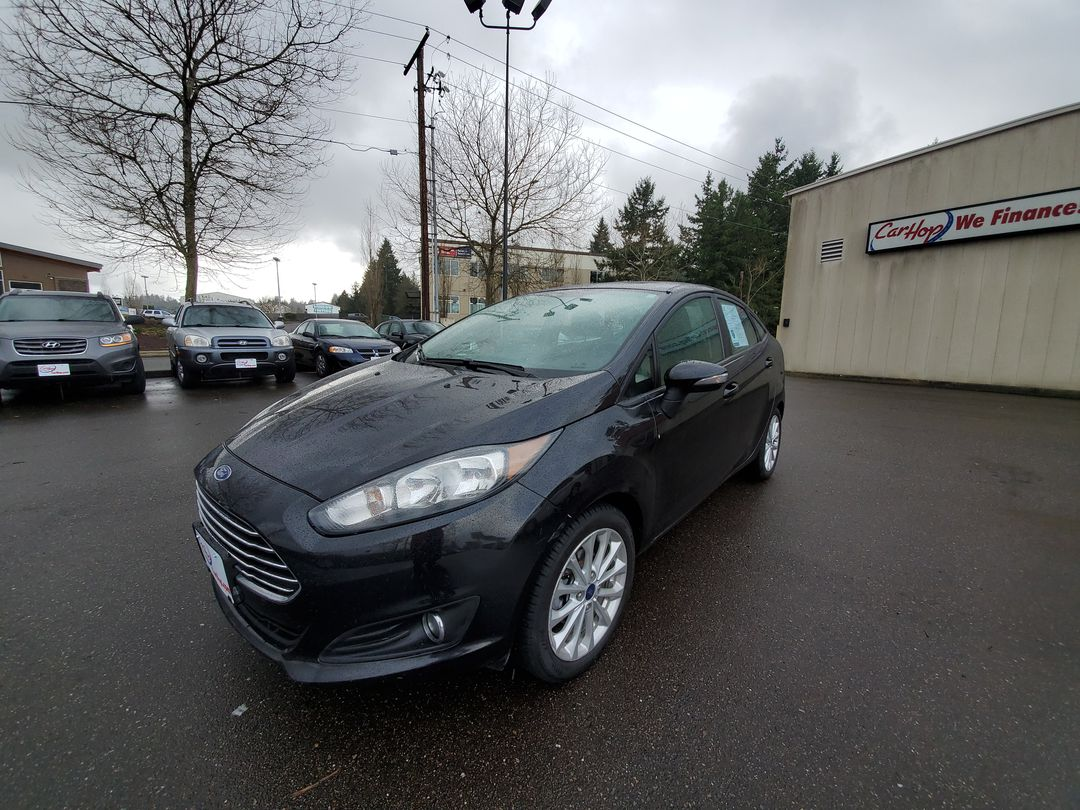 Pre-Owned 2014 FORD FIESTA SE SEDAN 4