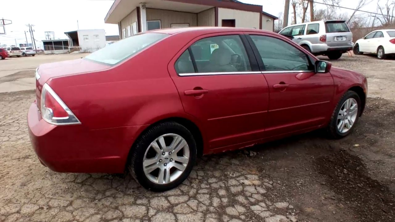 Pre-Owned 2006 FORD FUSION SEL Sedan