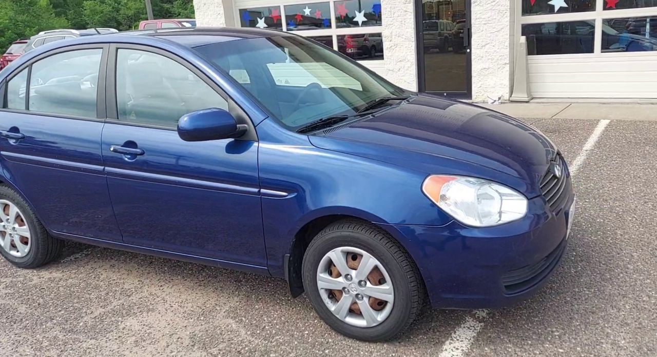 Pre-Owned 2010 HYUNDAI ACCENT GLS Sedan
