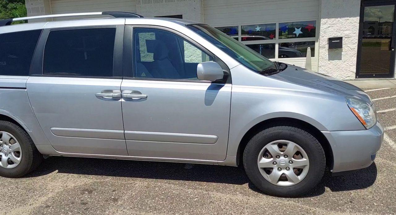 Pre-Owned 2009 KIA SEDONA EX Minivan