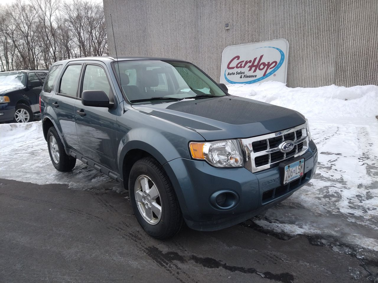 Pre-Owned 2011 FORD ESCAPE XLS Sport