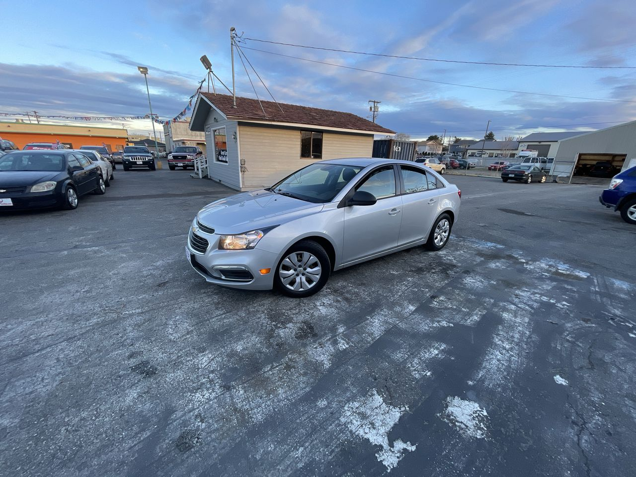 Pre-Owned 2015 CHEVROLET CRUZE LS Sedan 4