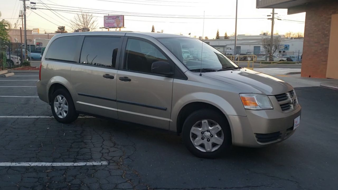 Pre-Owned 2008 DODGE GRAND CARAVAN SE Minivan