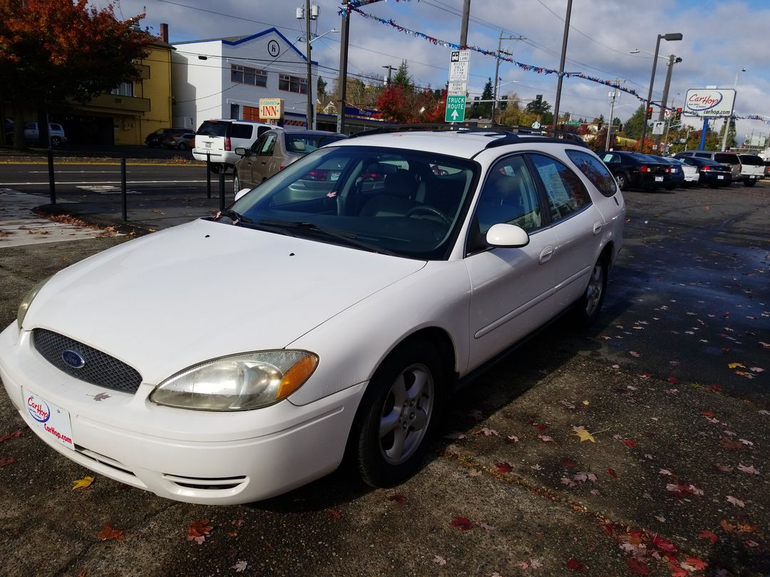 Pre-Owned 2004 FORD TAURUS SE Wagon 4