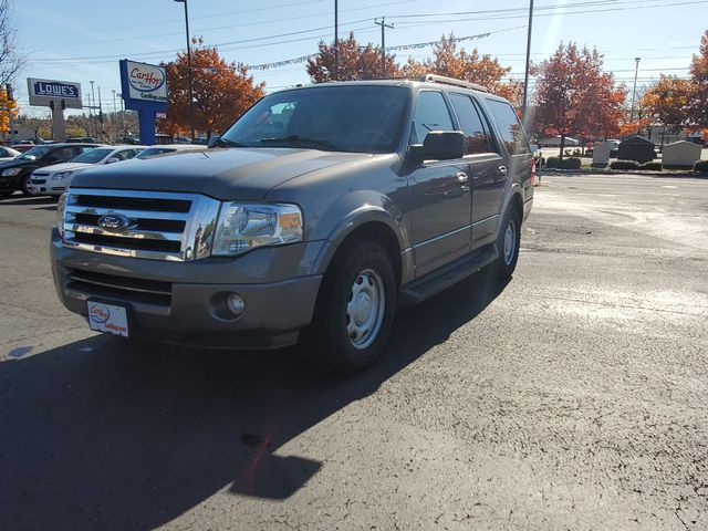 Pre-Owned 2010 FORD EXPEDITION XLT 2WD