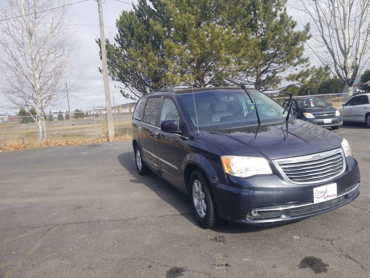 Pre-Owned 2013 CHRYSLER TOWN & COUNTRY Touring Mi