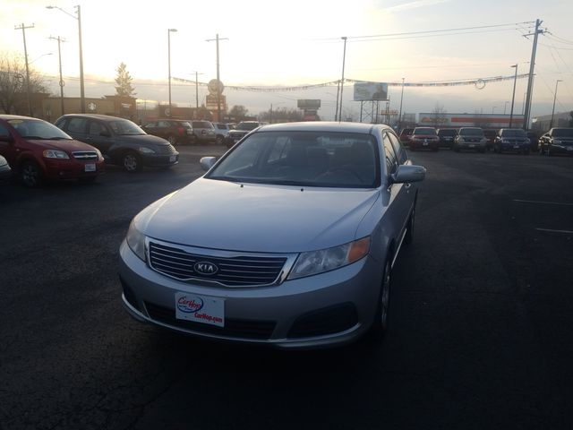 Pre-Owned 2009 KIA OPTIMA LX Sedan 4