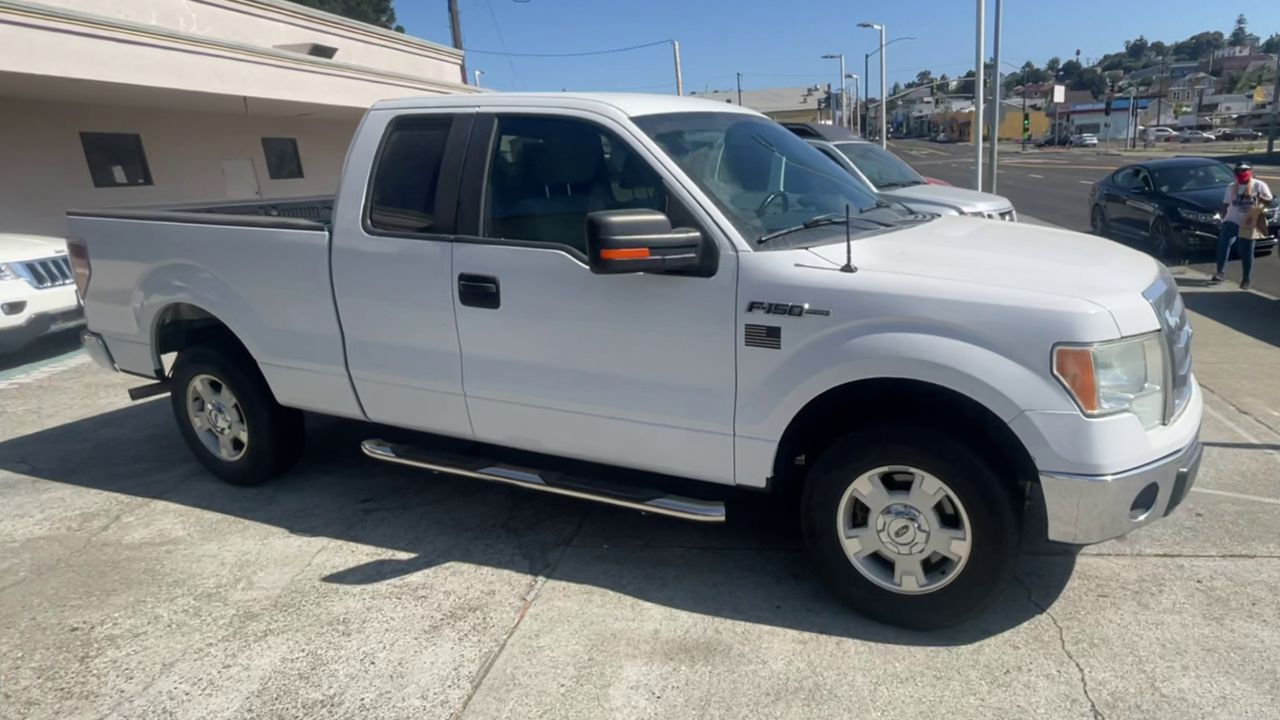 Pre-Owned 2011 FORD F150 XLT Pickup