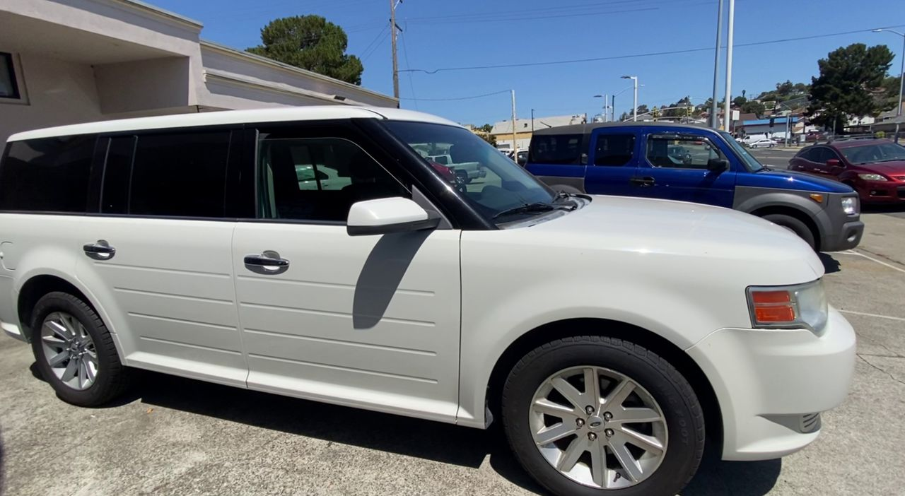 Pre-Owned 2012 FORD FLEX SEL Sport