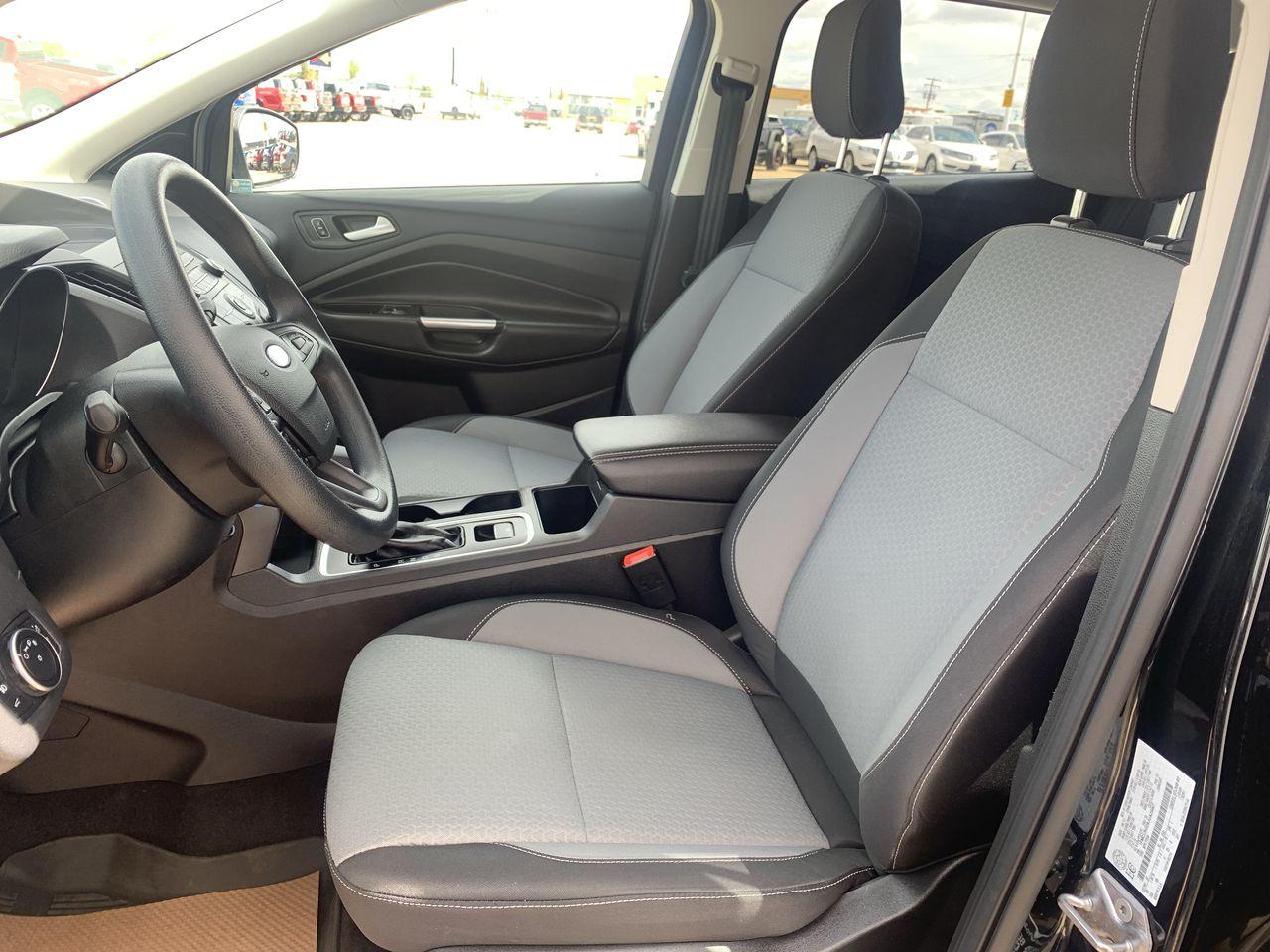 2018 Ford ESCAPE SE