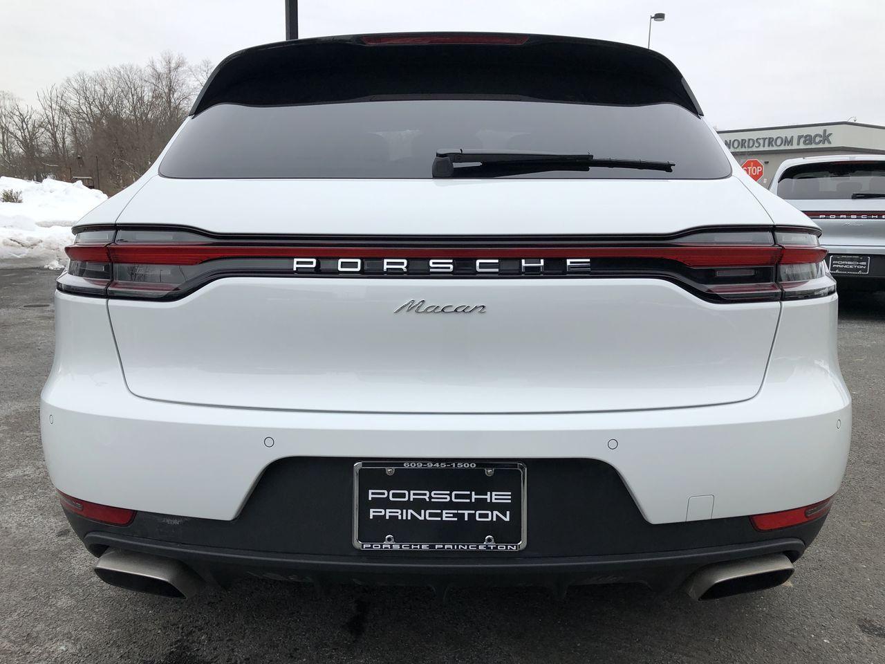 Pre-Owned 2020 Porsche Macan