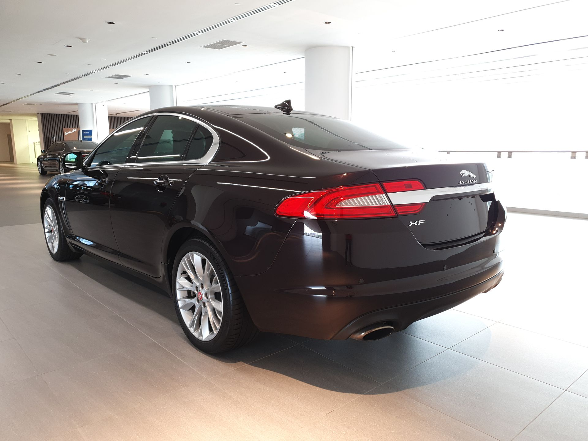 2014 Jaguar XF 2.0 I4 Luxury