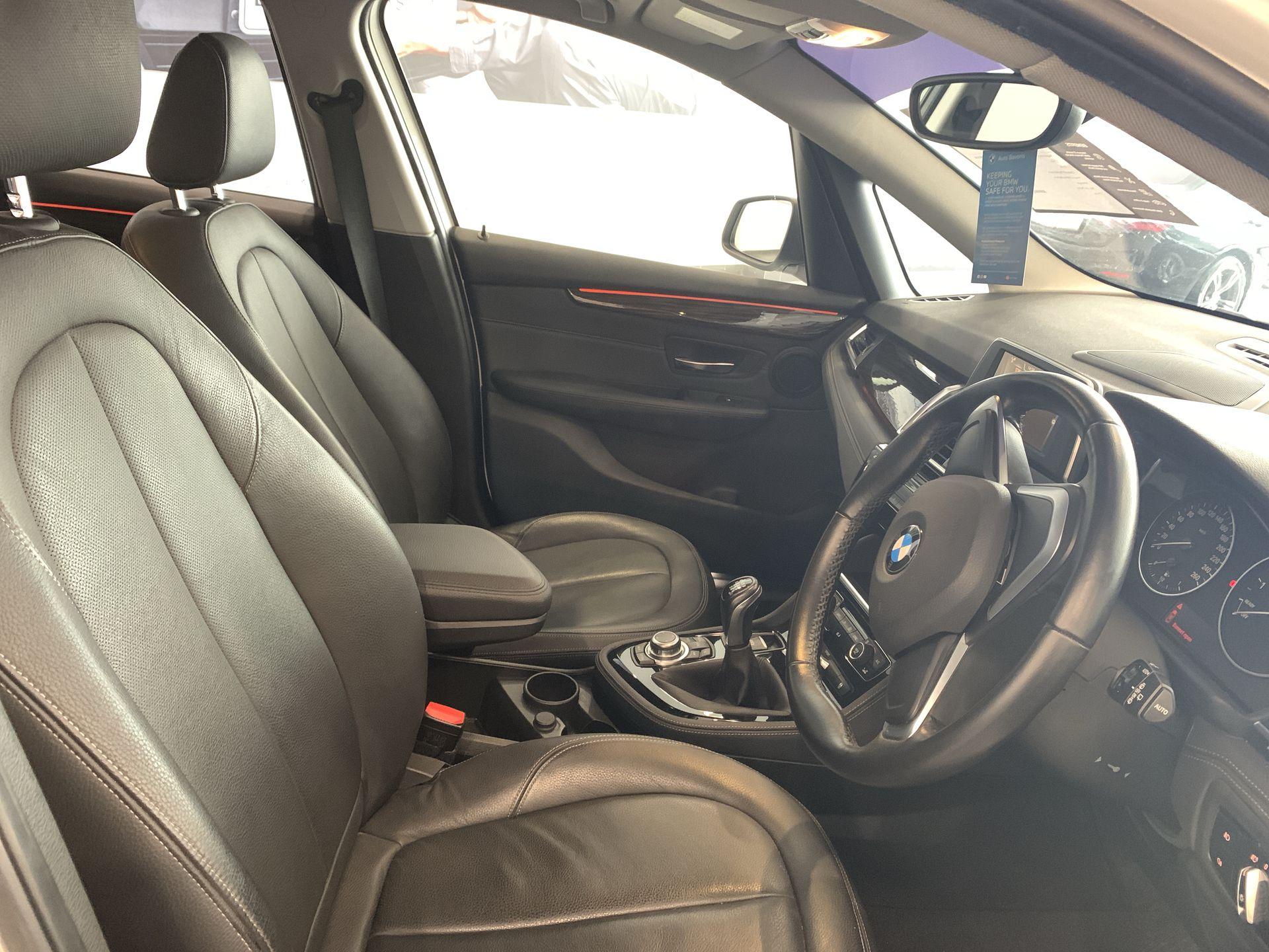 2015 BMW 218i Active Tourer