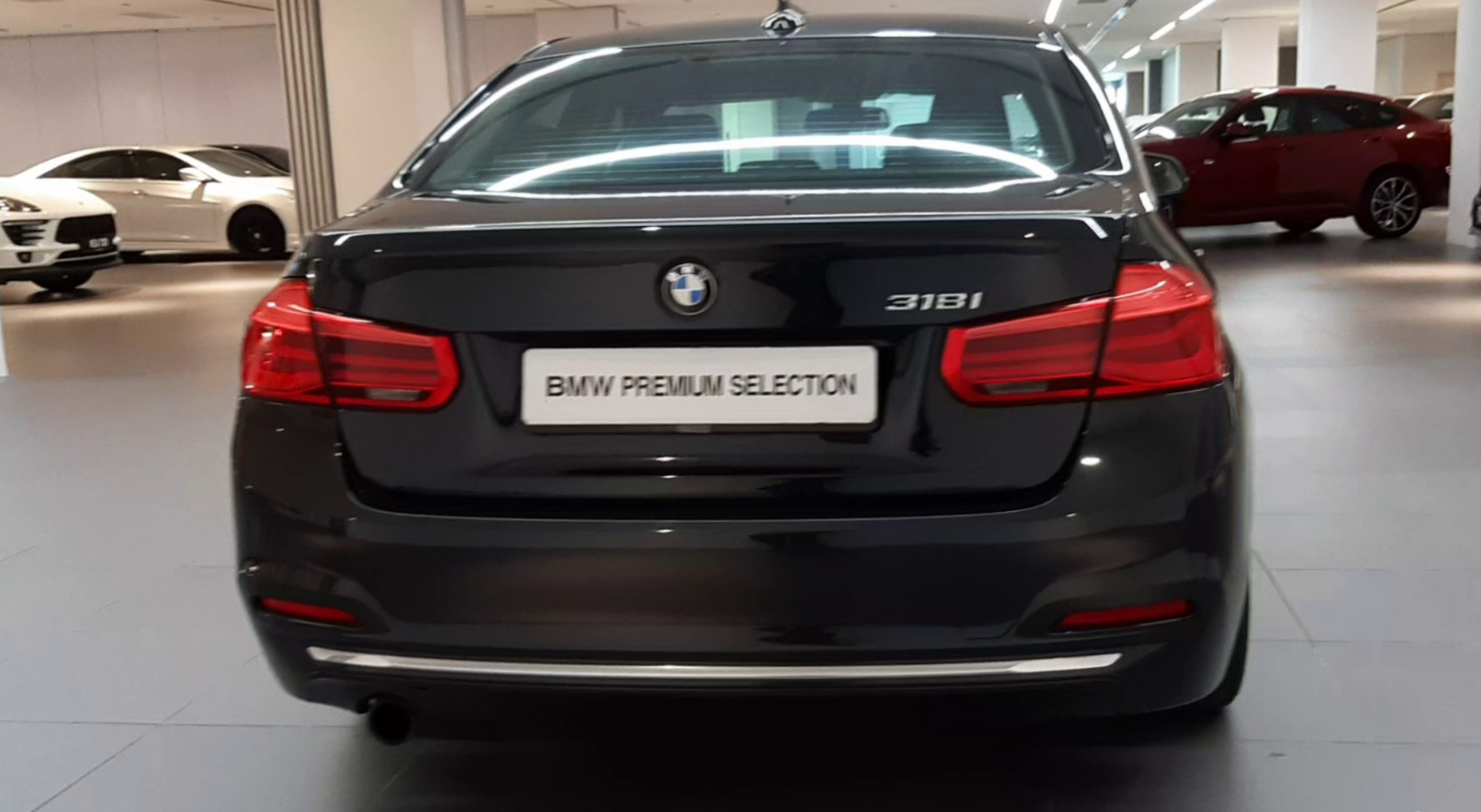 2017 BMW 318i Luxury F30 LCI - CKD