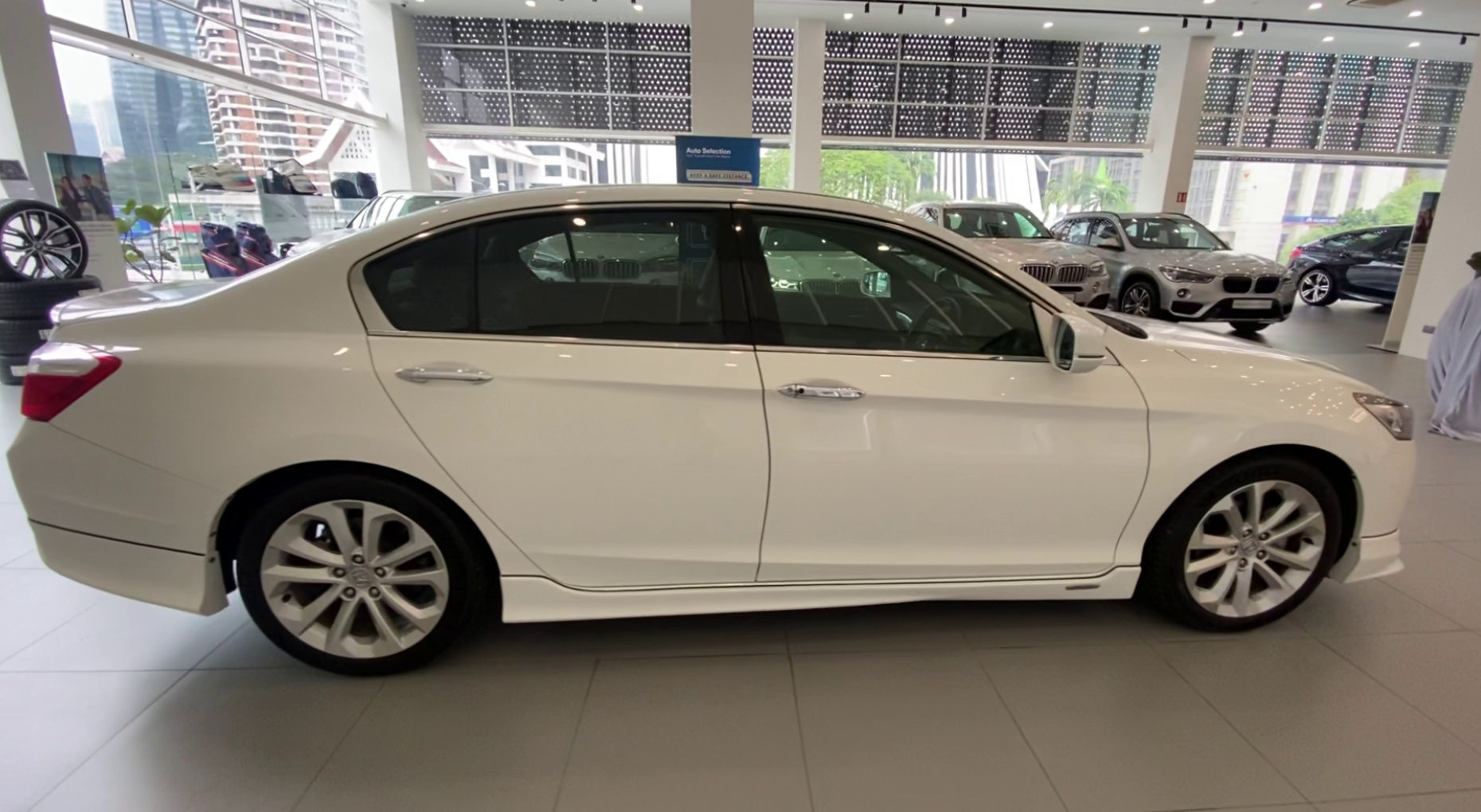 2015 Honda Accord 2.4L I-VTEC (A)