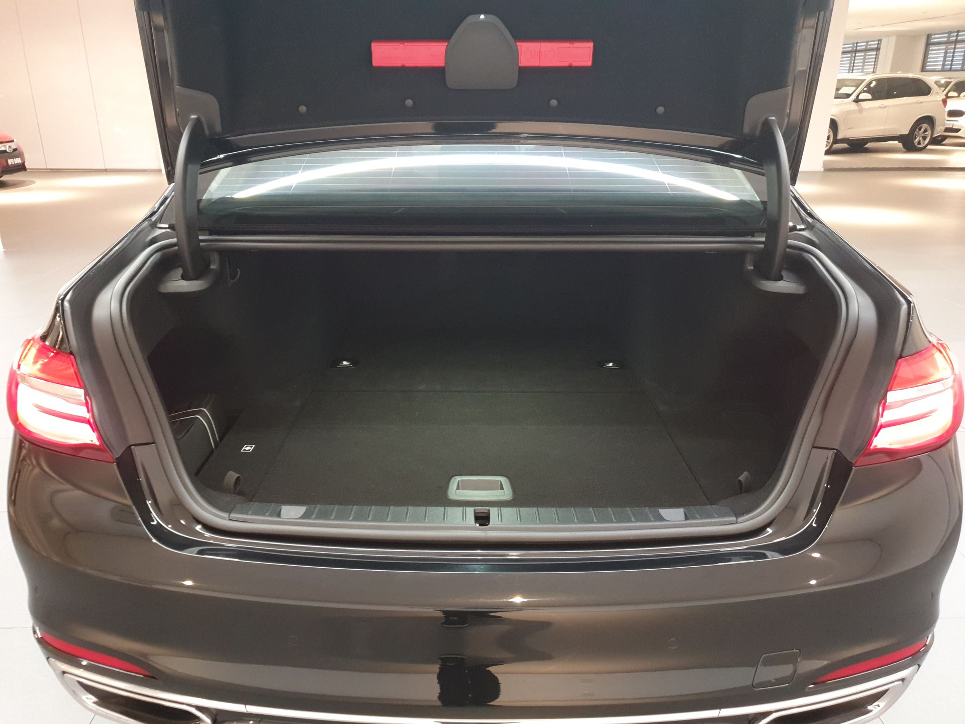 2017 BMW 740Le xDrive