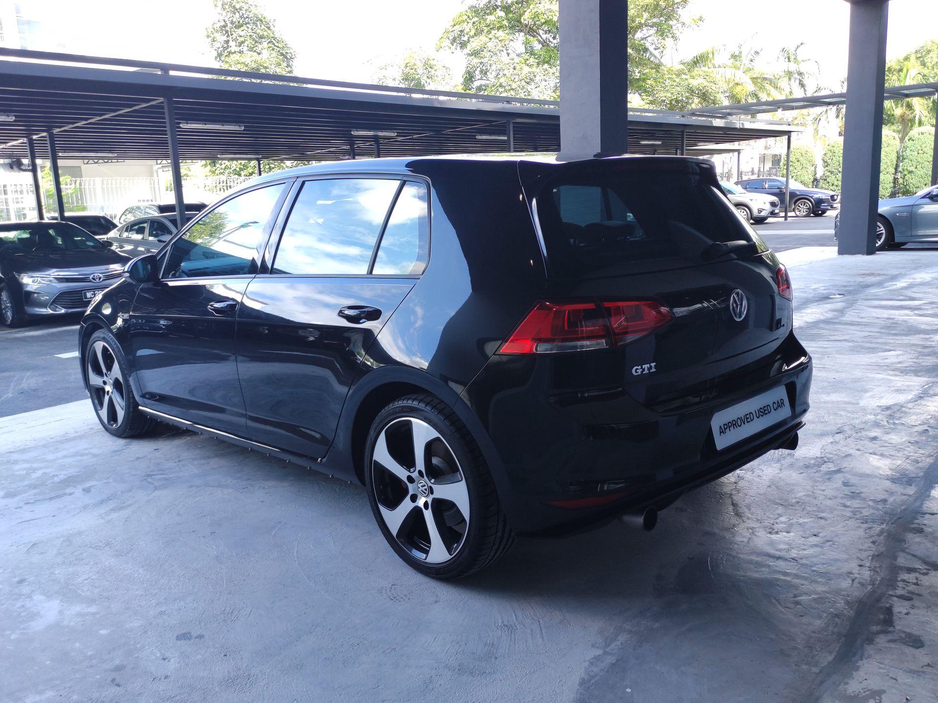 2013 Volkswagen GOLF GTI 2.0 A