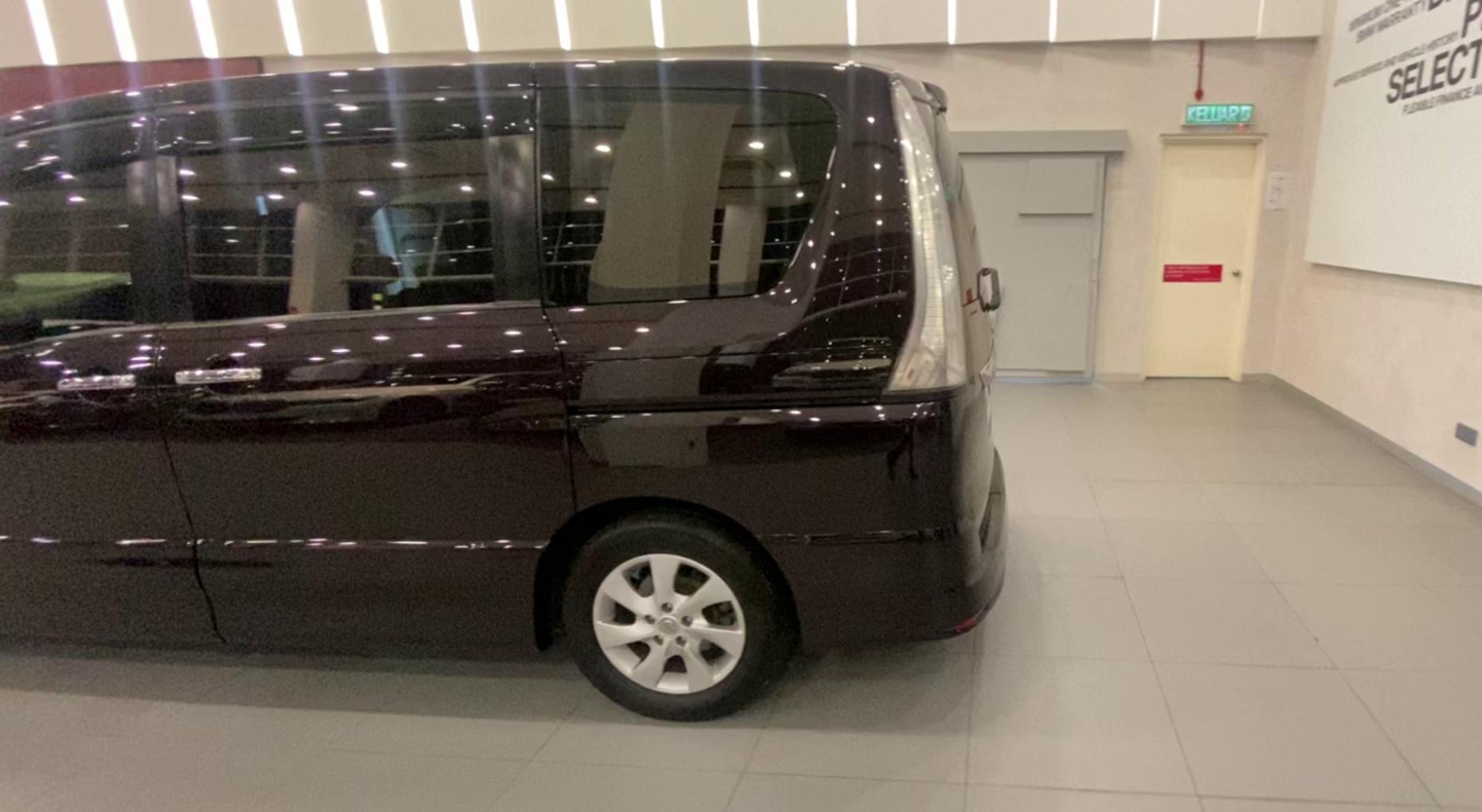 2013 Nissan Serena 2.0L CVT H/Star S-Hybrid
