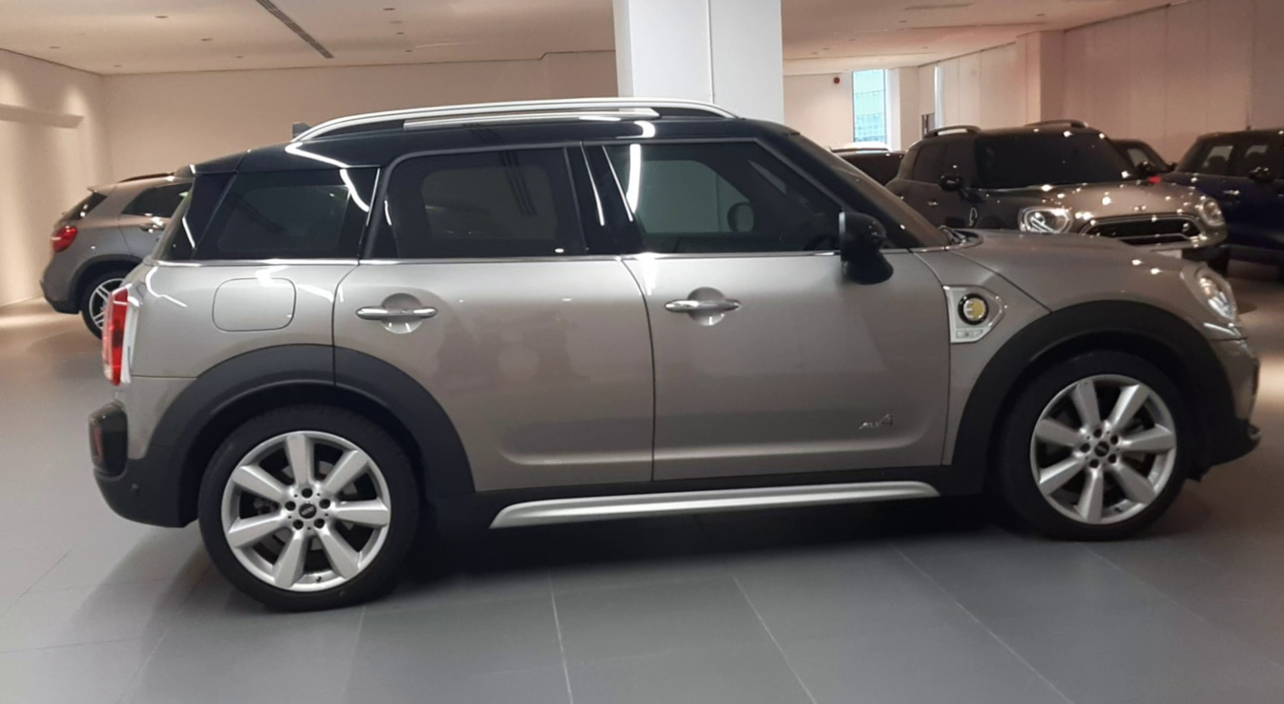 2019 MINI Cooper SE ALL4 Countryman