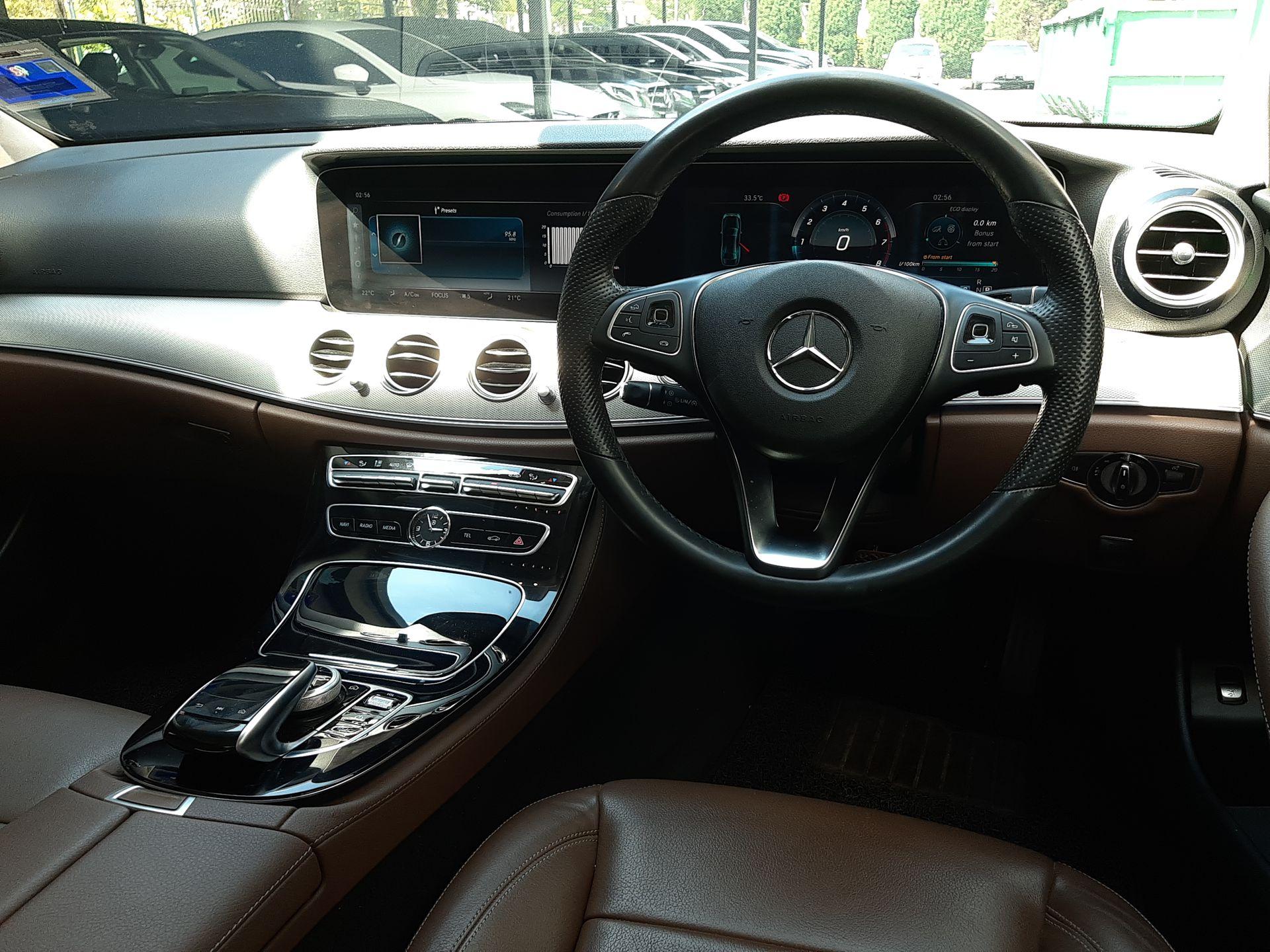 2017 Mercedes Benz E200-W213