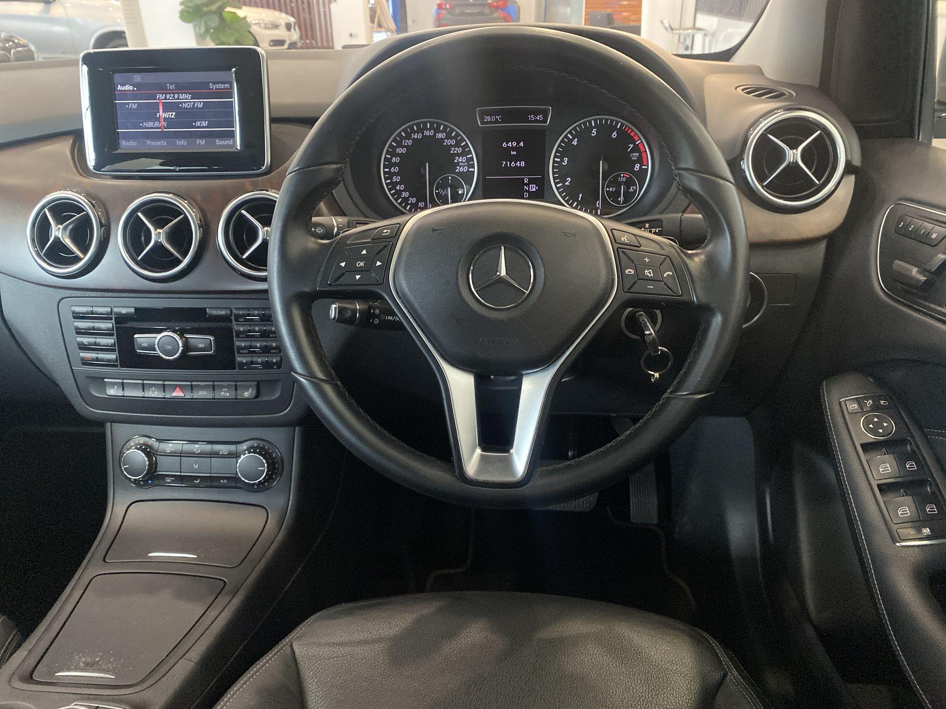 2013 Mercedes Benz B200