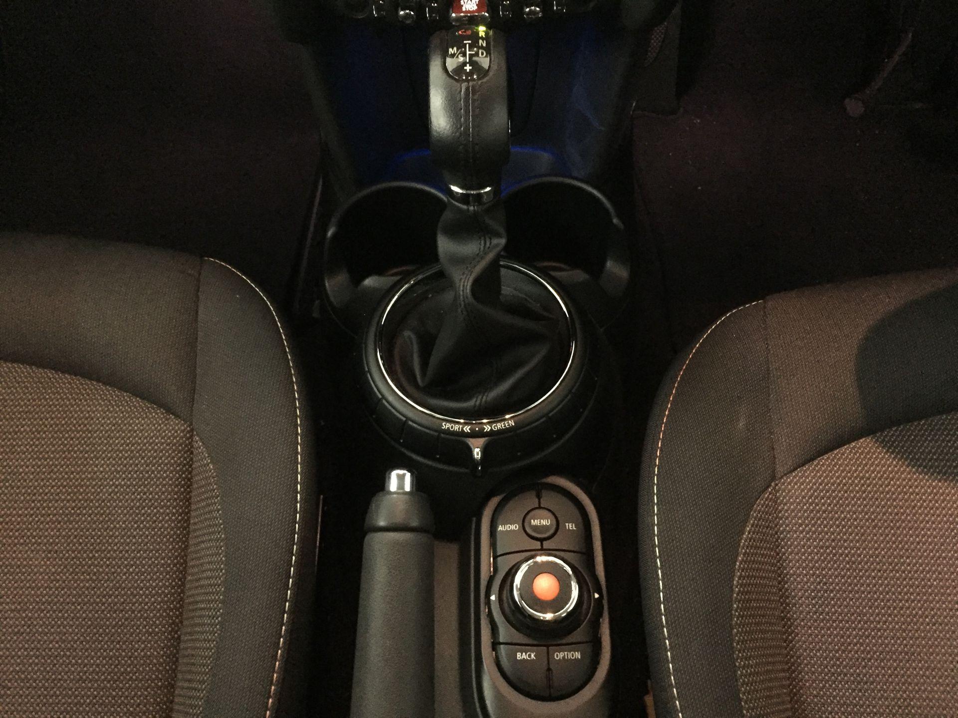 2017 MINI Cooper 5 Doors