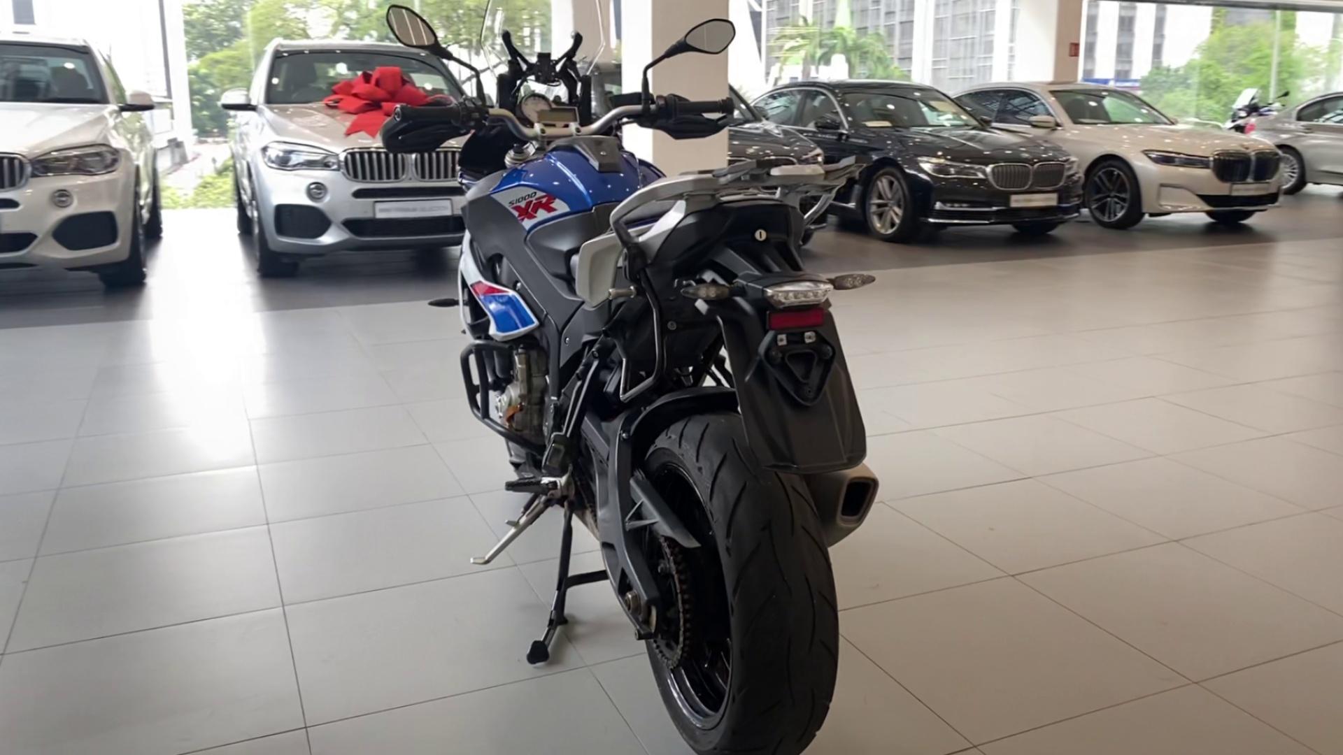 2018 BMW S1000XR