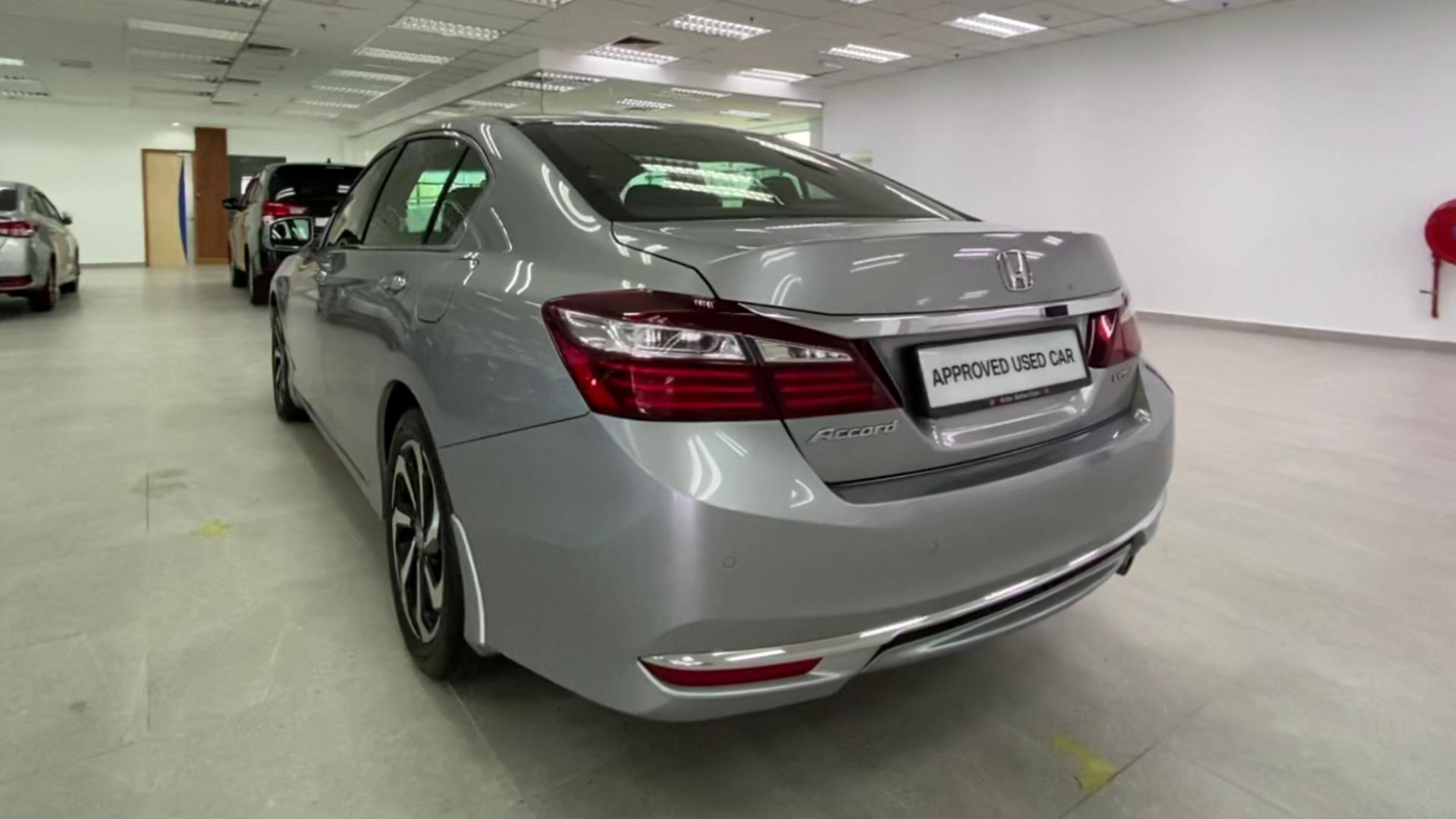 2017 Honda Accord 2.0L I-Vtec (A)