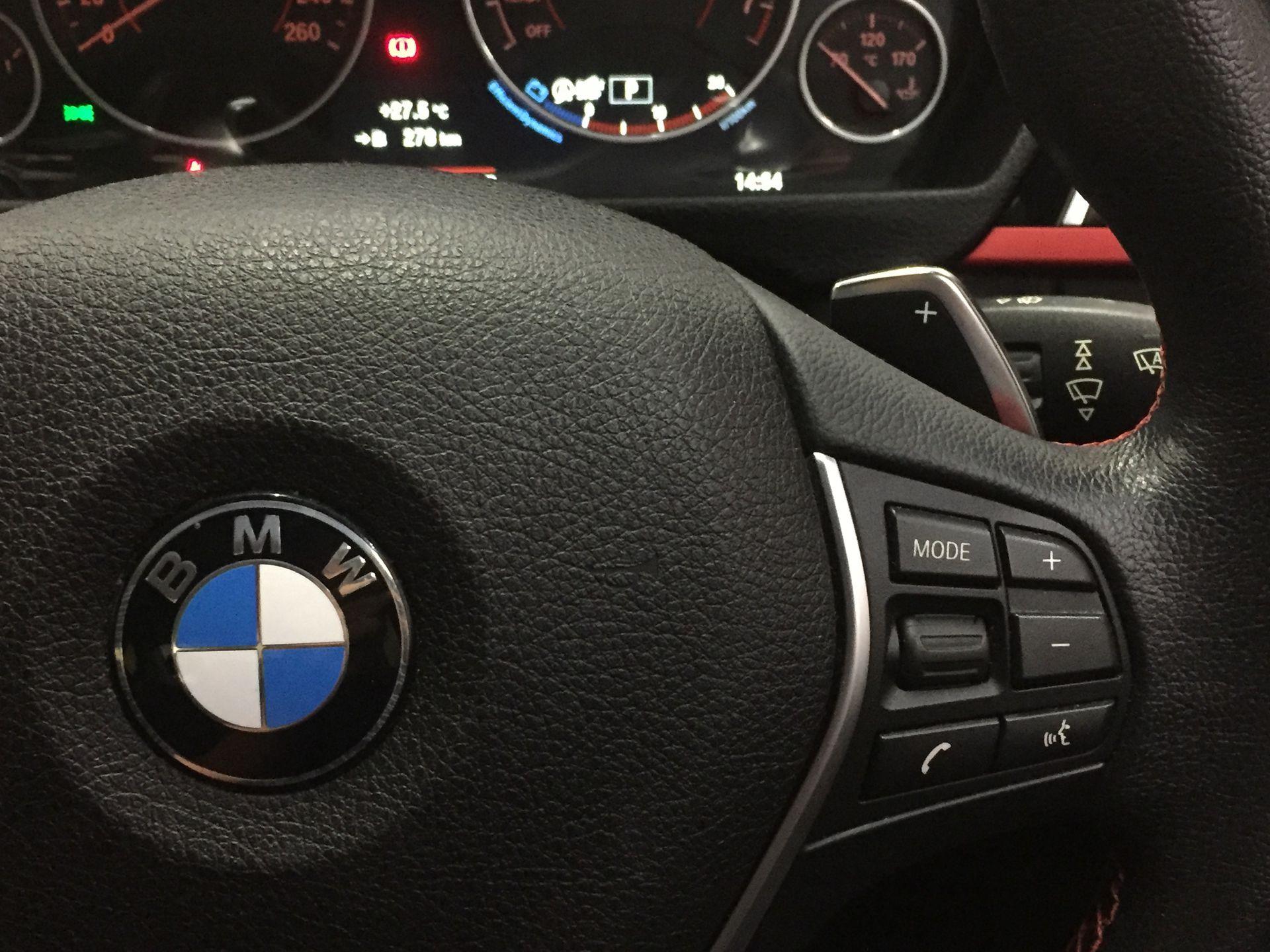 2016 BMW 320i Sport F30 LCI