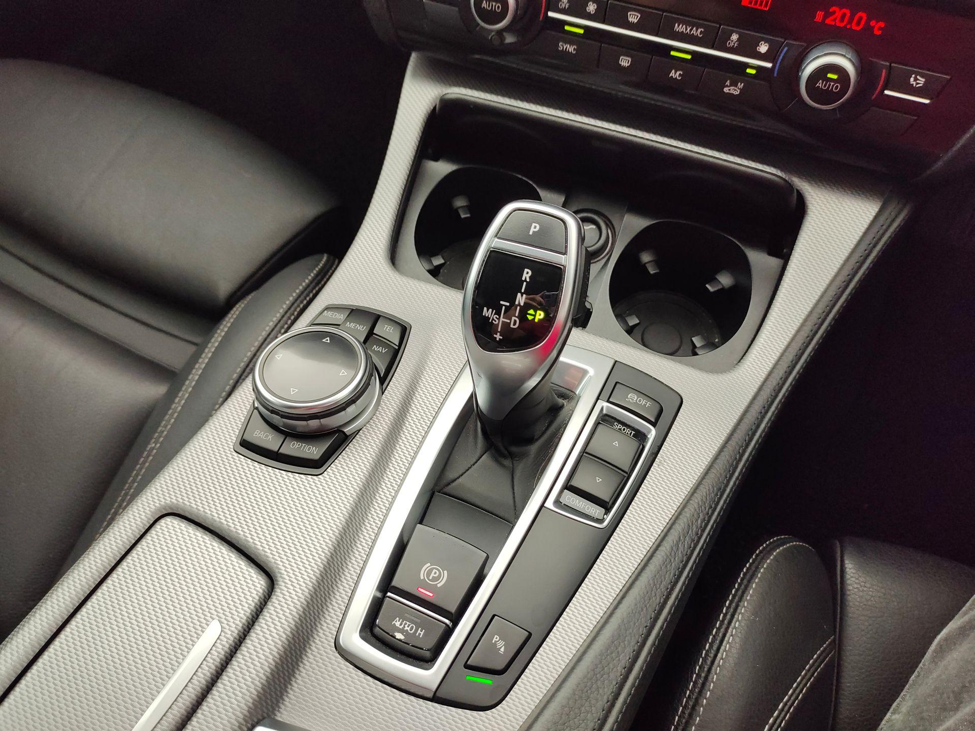 2014 BMW F10 528i LCI
