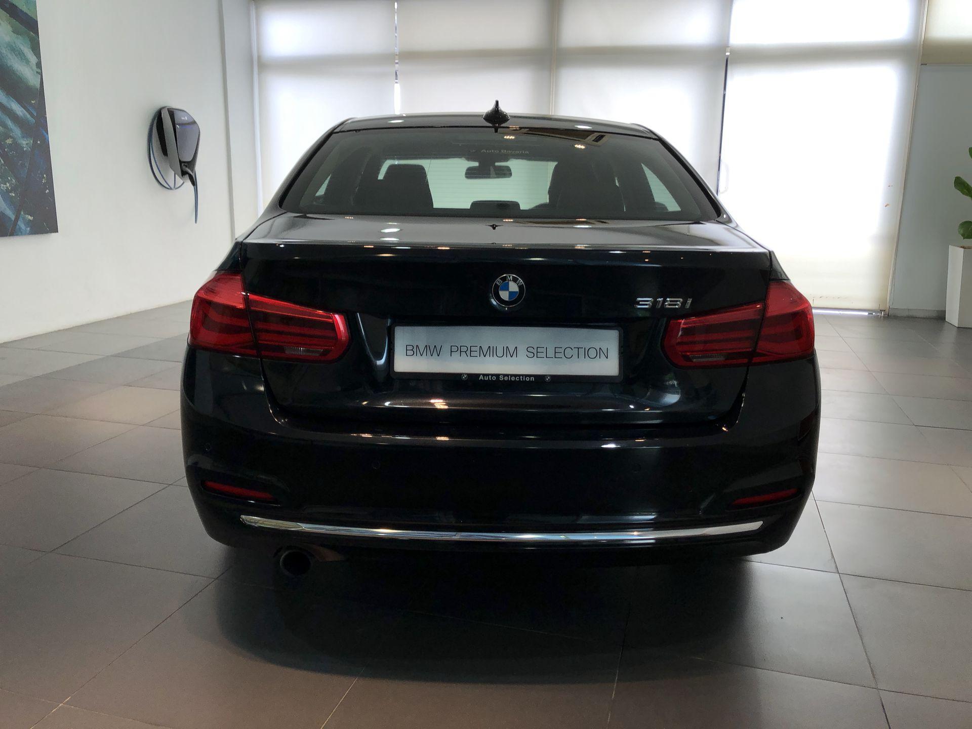 2018 BMW 318i Luxury F30 LCI - CKD