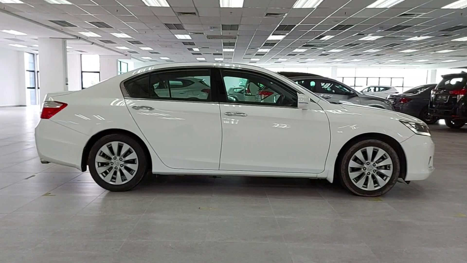 2016 Honda Accord 2.0L I-Vtec (A)
