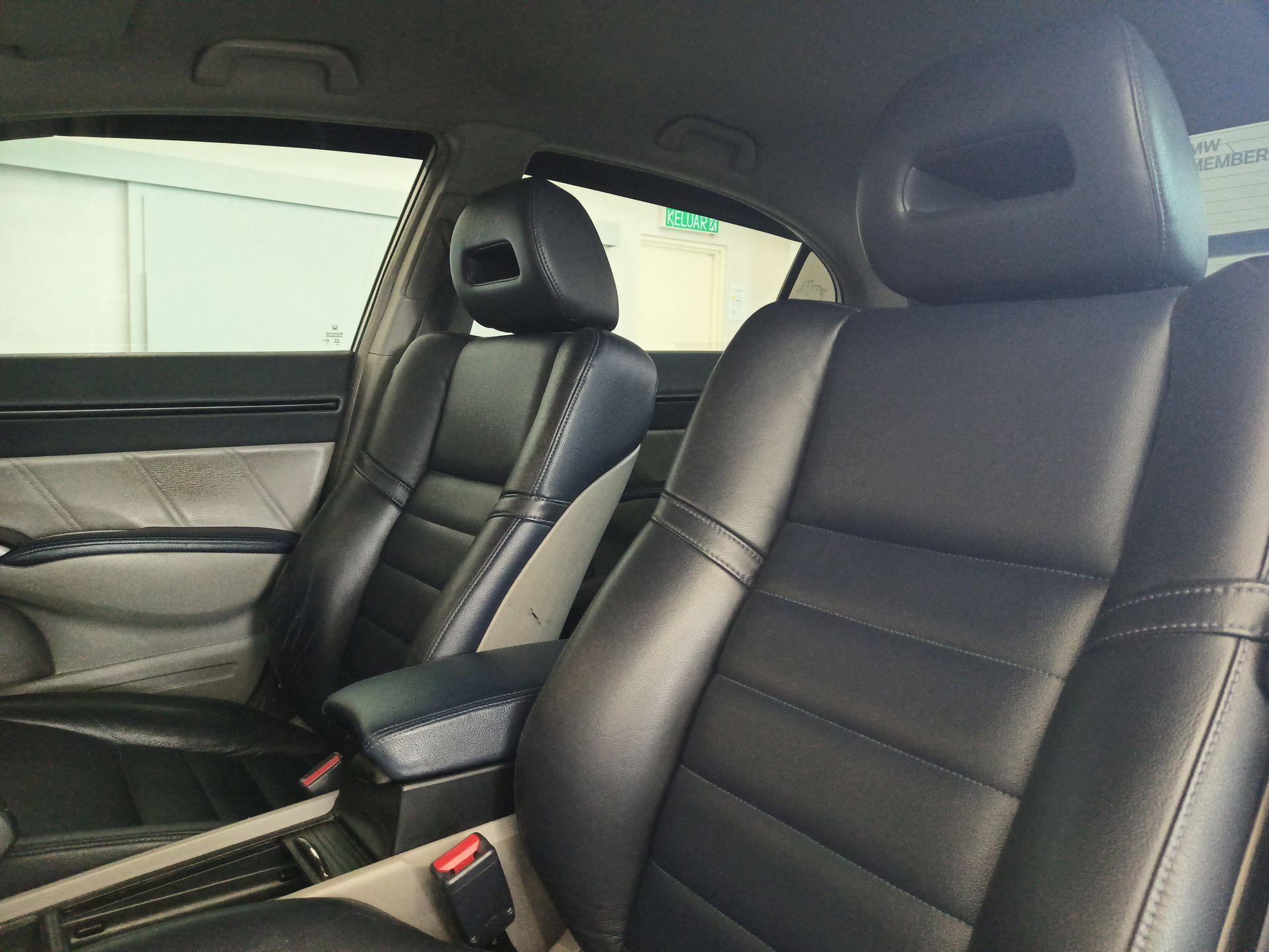 2010 Honda Civic 2.0L I-Vtec (A)