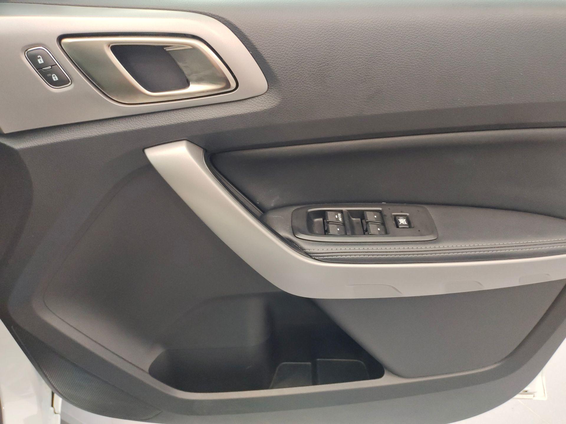 2018 Ford Ranger 2.0L XLT + 4WD AT
