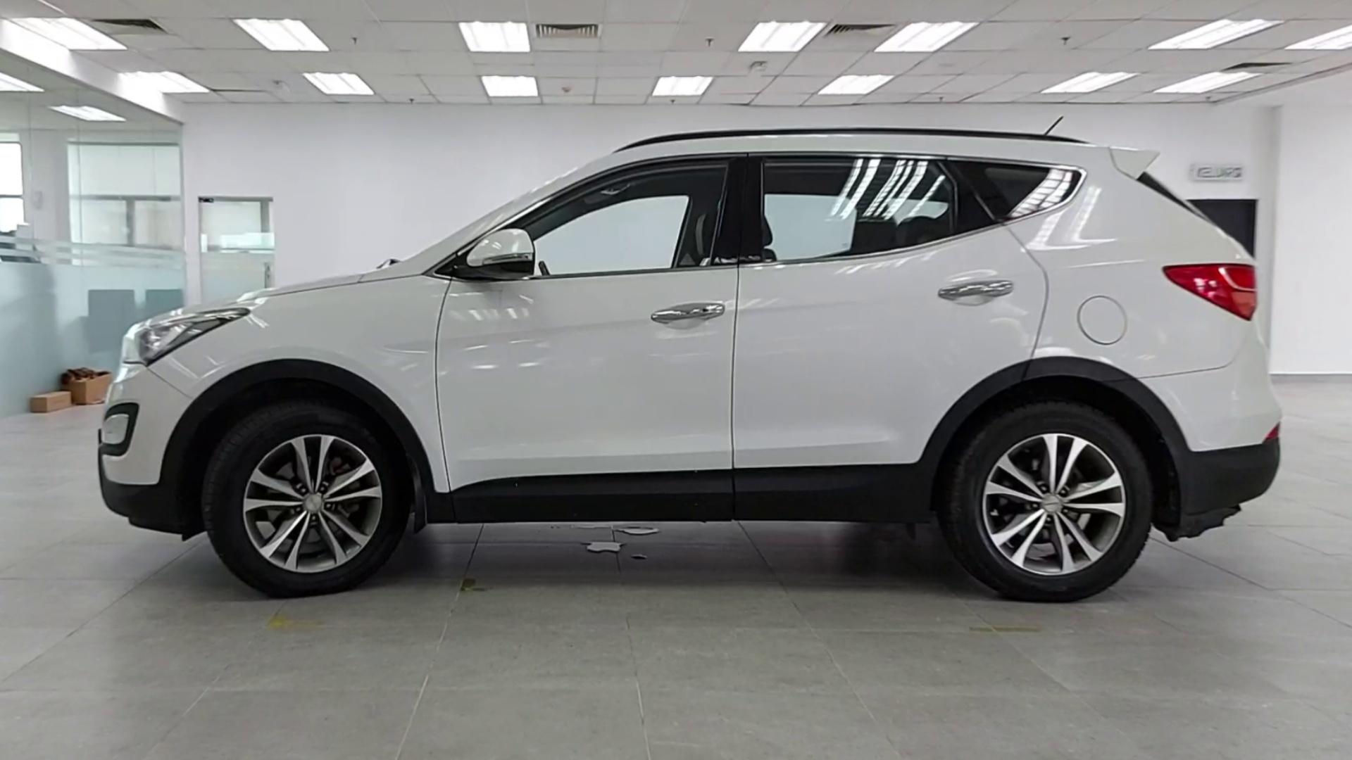 2015 Hyundai Inokom Santa Fe F/L 2.2 Diesel (A)