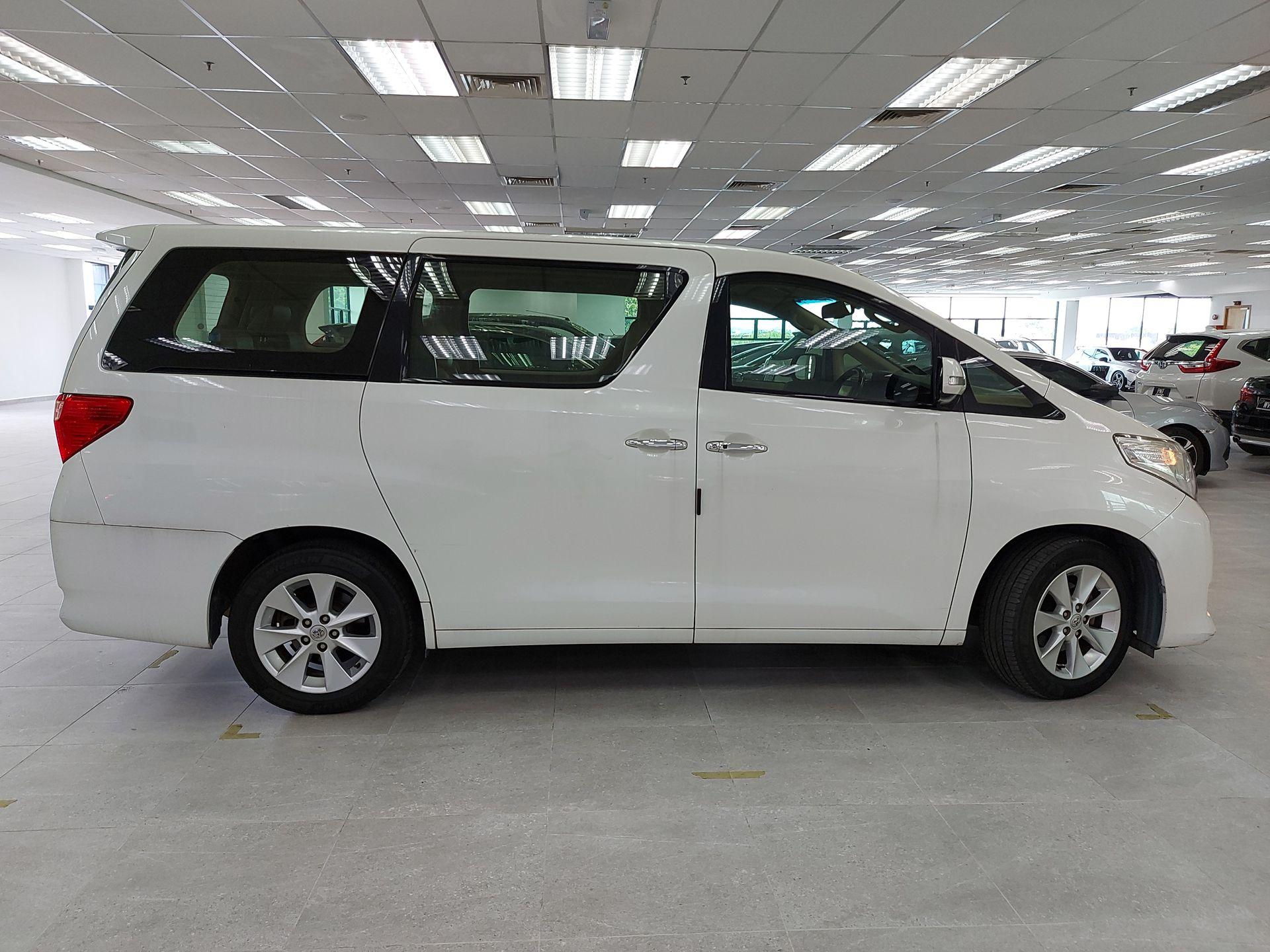 2014 Toyota Alphard 3.5