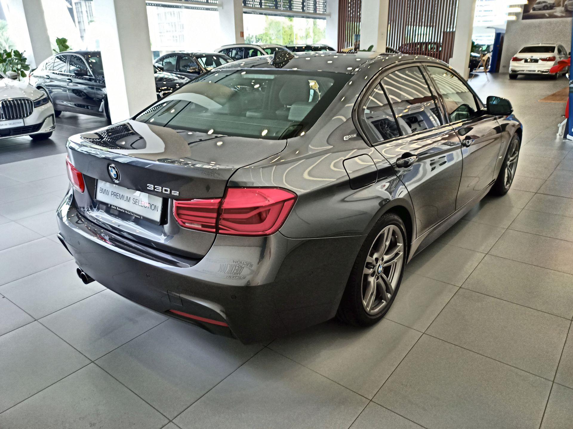 2019 BMW 330e Sport