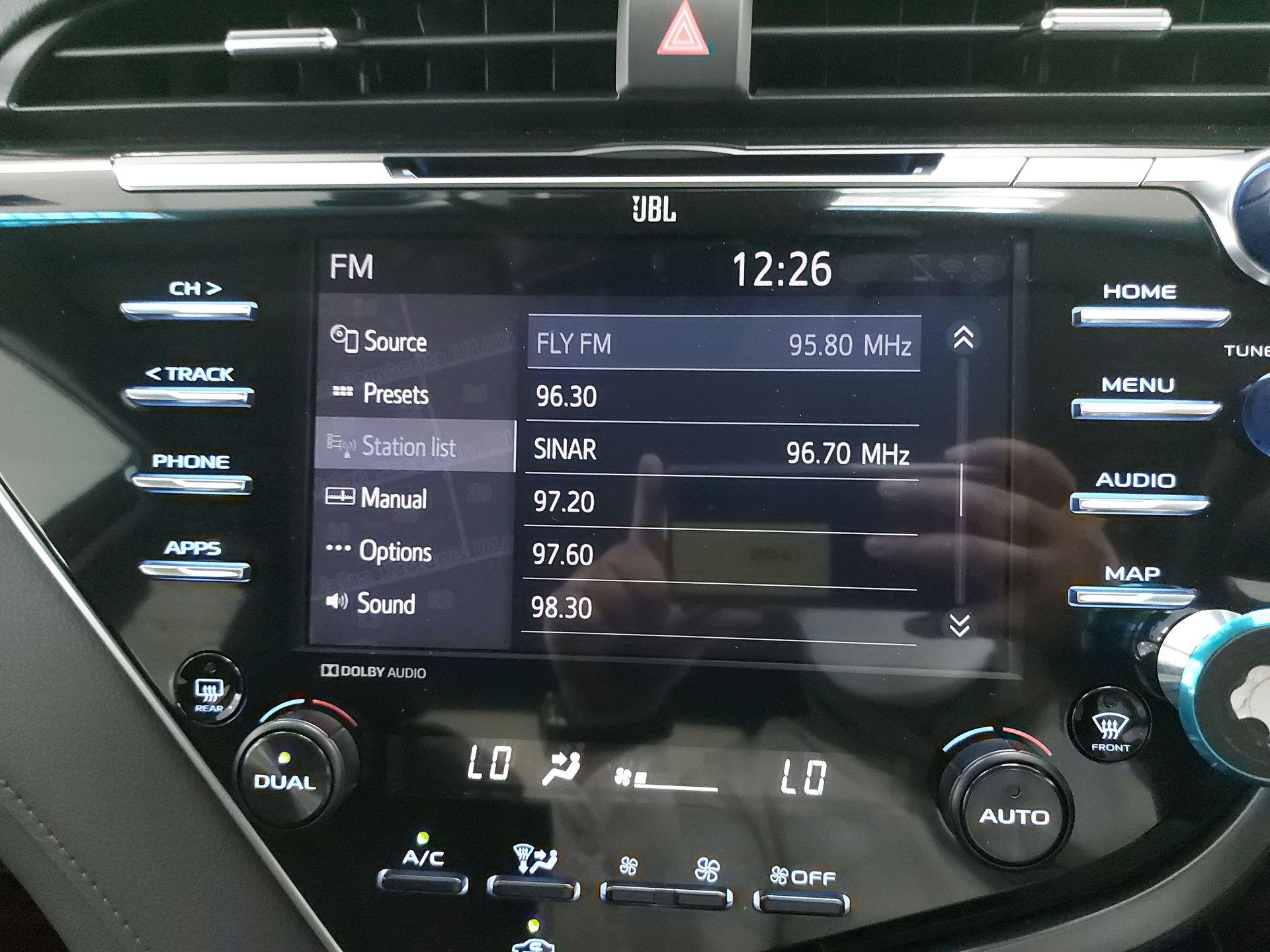 2019 Toyota Camry 2.5V