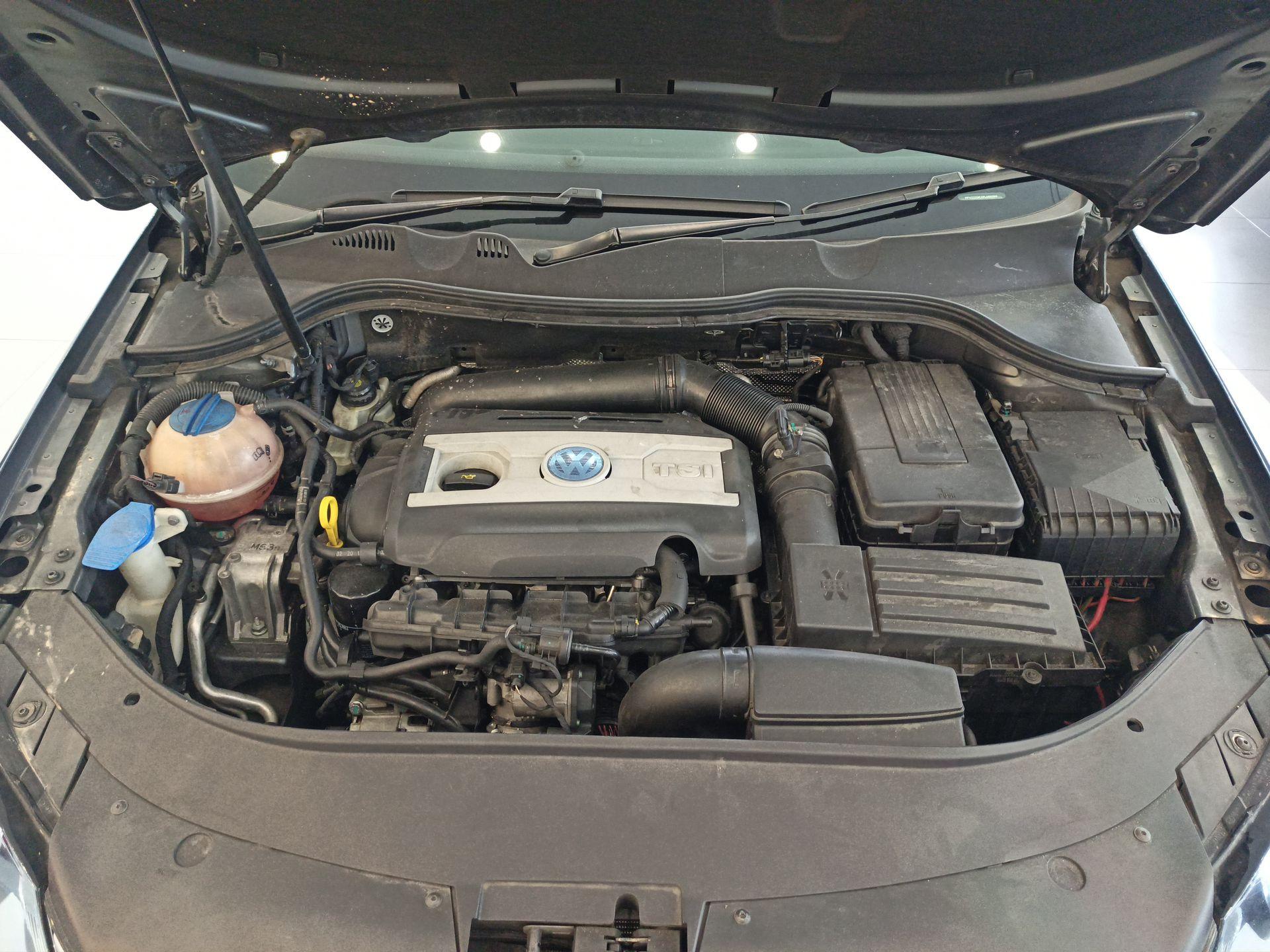 2015 Volkswagen Passat 1.8