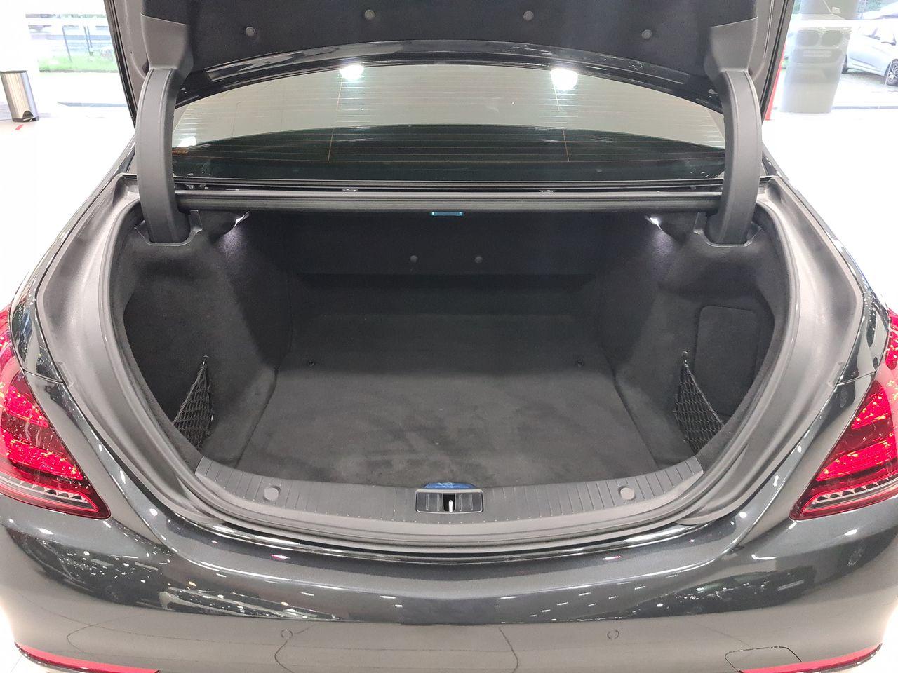 Mercedes Benz S320L (R19 LED)