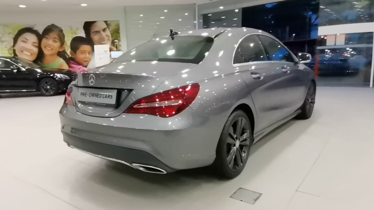 Mercedes Benz CLA180 COUPE URBAN (R18 LED)